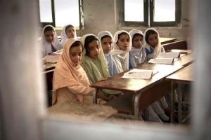 afghan-school-childern